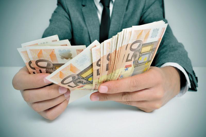 взять кредит для погашения других кредитов